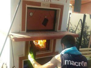 Accensione forno a legna a cottura indiretta